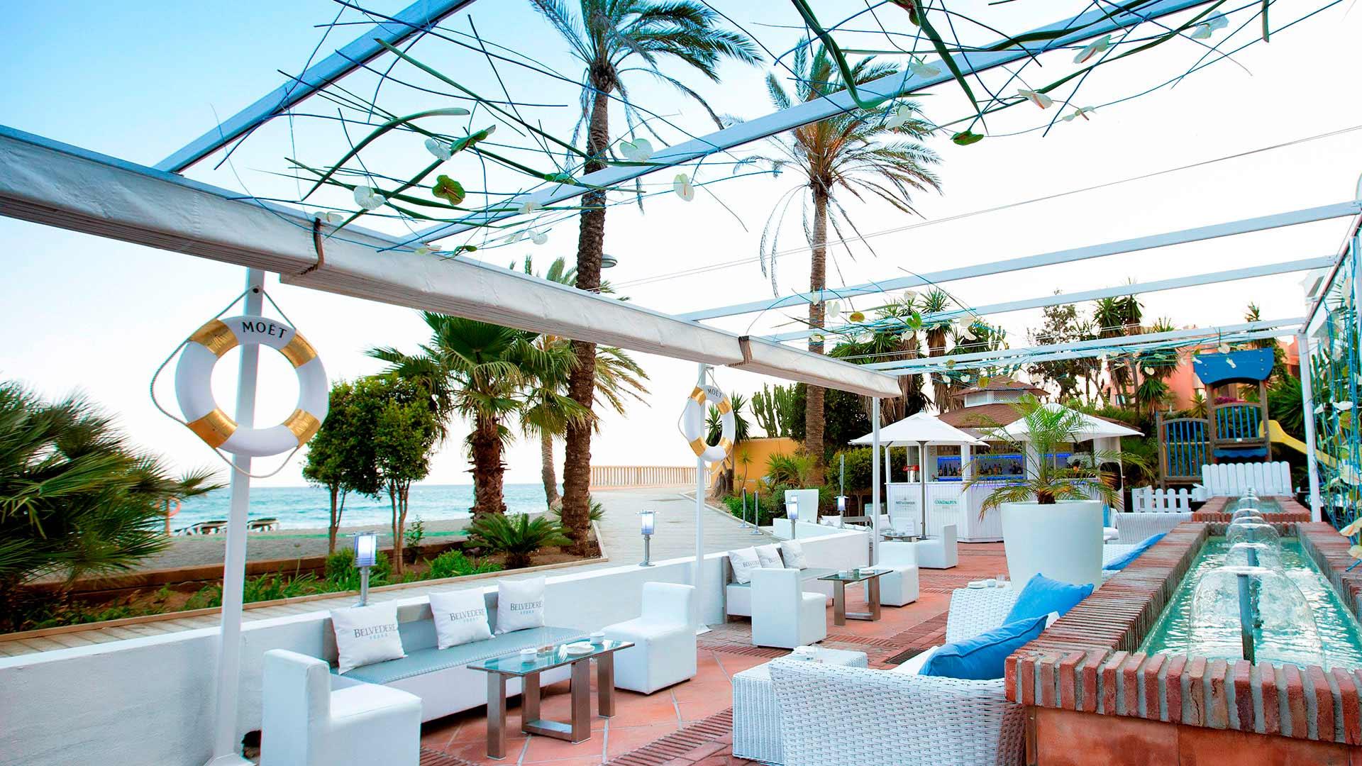Moët & Chandon Beach Lounge